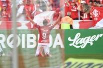 Inter bate São Paulo em dia de público recorde no estádio Beira-Rio