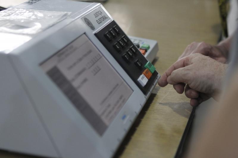 Quem faltou às urnas em três eleições terá que atualizar situação