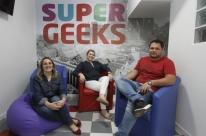 Empreendedores abrem escola de robótica e programação para crianças