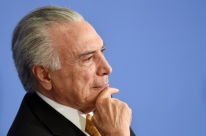 Após decisão do STJ, Temer deixa prisão em São Paulo