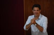 Haddad chama general Mourão de torturador, e Bolsonaro de 'rebotalho da ditadura'