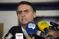 Em carta a Celso de Mello, Bolsonaro diz que se deve prestigiar o STF