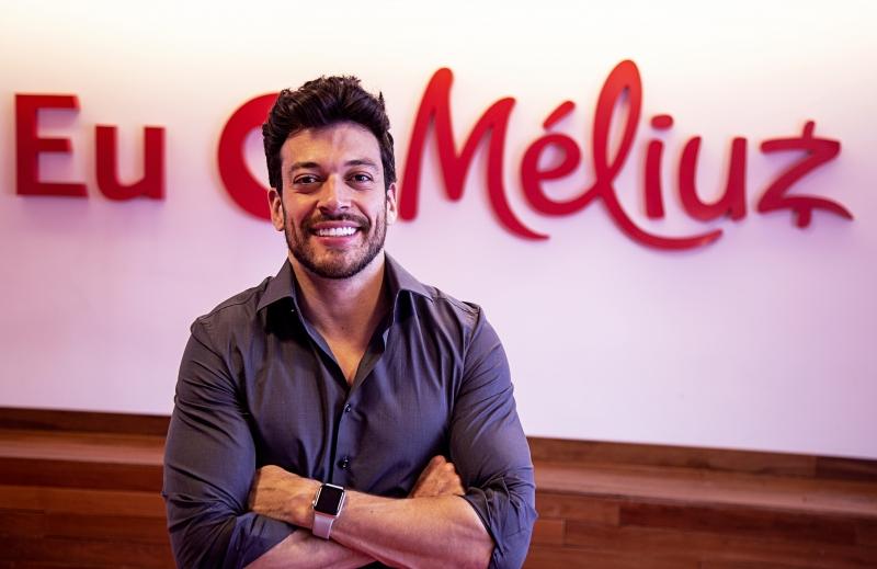 Israel Salmen é um dos fundadores da Méliuz, que reparte a comissão da venda com o usuário