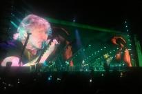 Roger Waters encerra turnê polêmica em Porto Alegre
