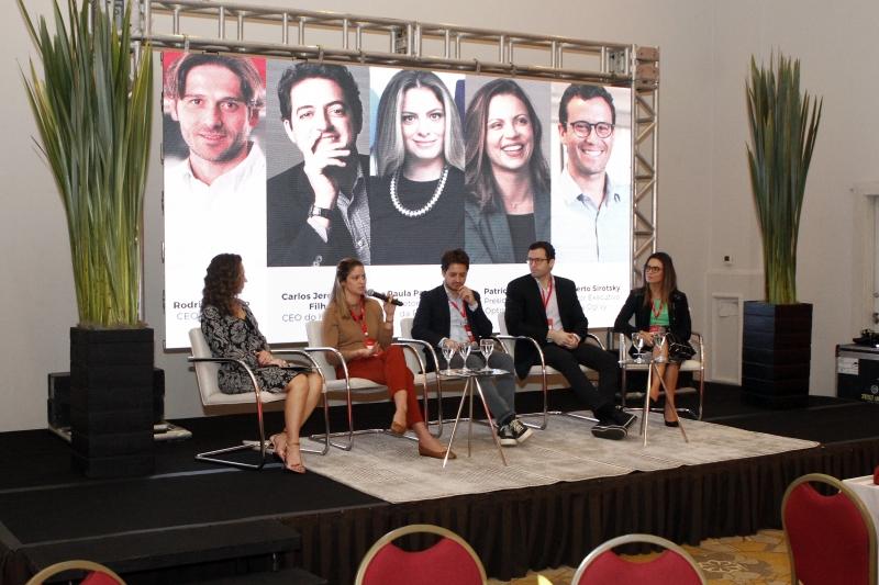 Jovens executivos defenderam a transformação da cultura empresarial e a adequação aos novos tempos