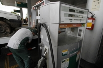 Postos reclamam de restrição e até falta no abastecimento de diesel no Rio Grande do Sul