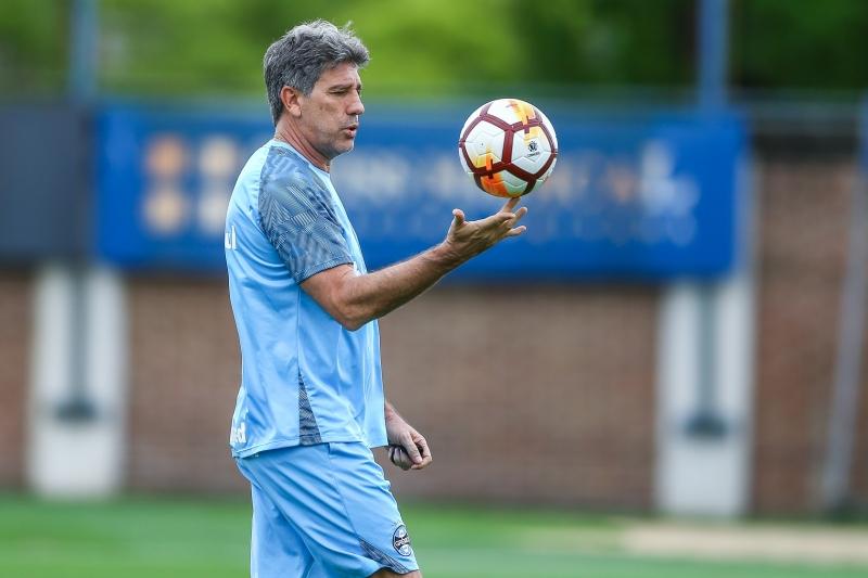 Portaluppi tem a missão de motivar o time para enfrentar o Atlético-MG