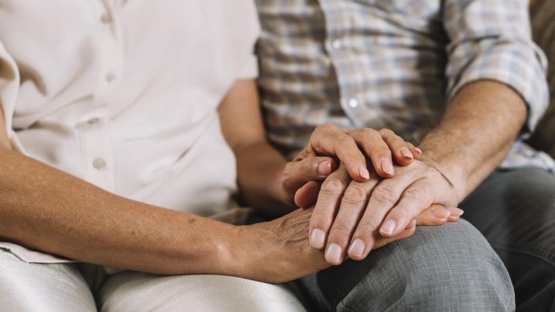 Os suspeitos mais comuns de violência contra idosos são filhos e netos