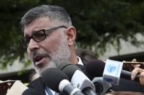 Alexandre Frota protocola representação criminal contra o ator José de Abreu na PGR