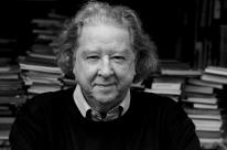 Morre Aldyr Schlee, escritor premiado e criador da camisa da Seleção Brasileira