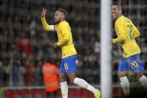 Neymar estará melhor na Copa América do que estava na Rússia, diz estafe de Tite