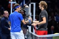 Zverev derruba Federer e vai à decisão do ATP Finals