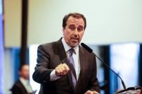 Ministro da Saúde diz que edital para contratar novos médicos sai nesta terça