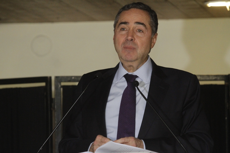 Brasil é a quarta democracia do mundo, atrás da Índia, dos EUA e da Indonésia, afirma presidente do TSE, Luís Roberto Barroso