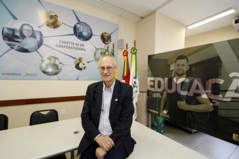 Para Vergílio Perius, cooperativas podem ajudar Brasil a sair da crise