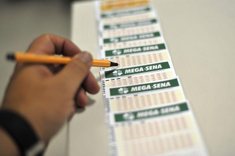 Apostas podem ser feitas nas lotéricas e pela internet até as 19h deste sábado