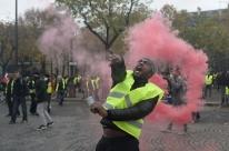 Macron chama de 'vergonha' violência da polícia contra manifestantes na França
