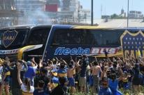 Conmebol denuncia River Plate por ataque de torcida a ônibus do Boca Juniors