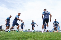 Na luta pelo G-4, Grêmio visita o Vitória neste domingo