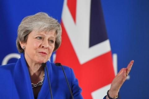 Theresa May e premiê da Irlanda se reúnem hoje para discutir Brexit