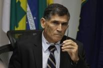 Bolsonaro deve esperar novo Congresso para enviar Previdência, diz Santos Cruz