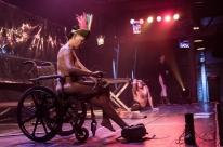 Casa de cultura Mario Quintana recebe espetáculo Nus e [des]graçados