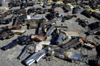 Exército faz cerimônia para destruir 10 mil armas ilegais