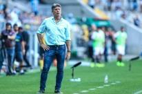 Renato justifica ausência em aulas e desconversa sobre reforços para o Grêmio