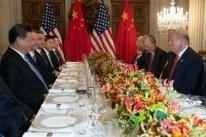 EUA adiam elevação de tarifas para produtos chineses