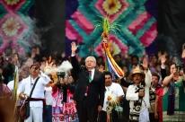 Lopez Obrador assume presidência do México e promete mudança profunda e radical
