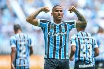 Grêmio vence Corinthians e garante vaga na fase de grupos da Libertadores