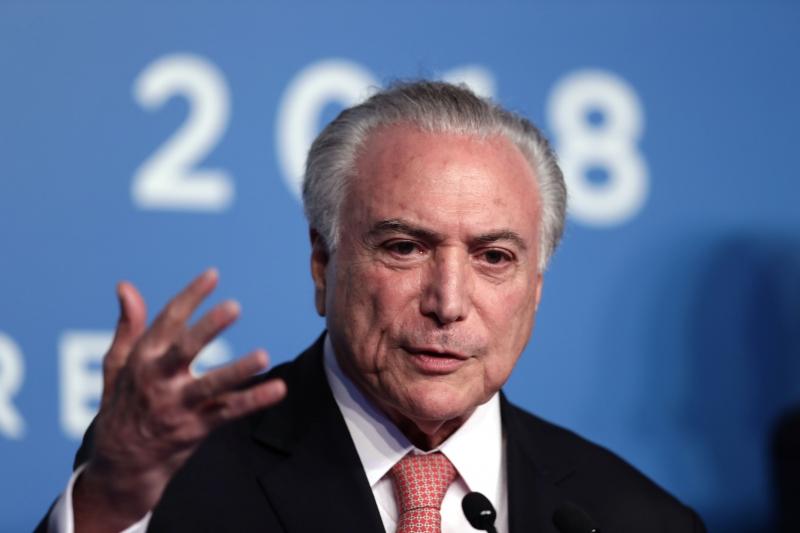 'Os atos populistas geram aplausos hoje e geram vaias amanhã', afirma o presidente