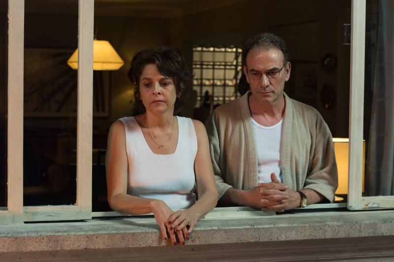 Drica Moraes e Marco Ricca interpretam os pais do adolescente Luca em 'Rasga coração'