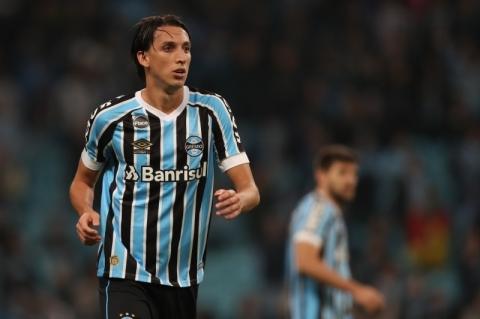 Lesão pode tirar Geromel do confronto de ida com o Flamengo