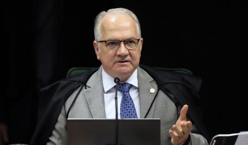 Decisão impacta situação de milhares de presos pelo país, entre eles, o ex-presidente Lula