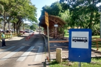 EPTC interdita parada com estrutura comprometida próximo à avenida Ipiranga em Porto Alegre