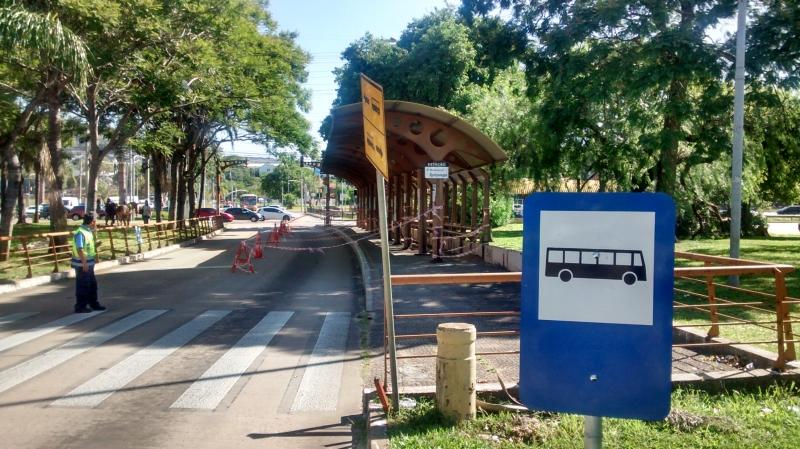 A estrutura de ferro da parada será substituída pelas Paradas Seguras