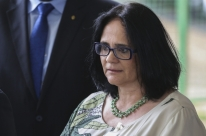Damares pede para PF apurar vazamento de nome de menina vítima de estupro