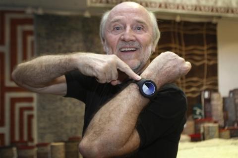 Hans Donner desenvolve relógio que promete transformar a relação do ser humano com o tempo