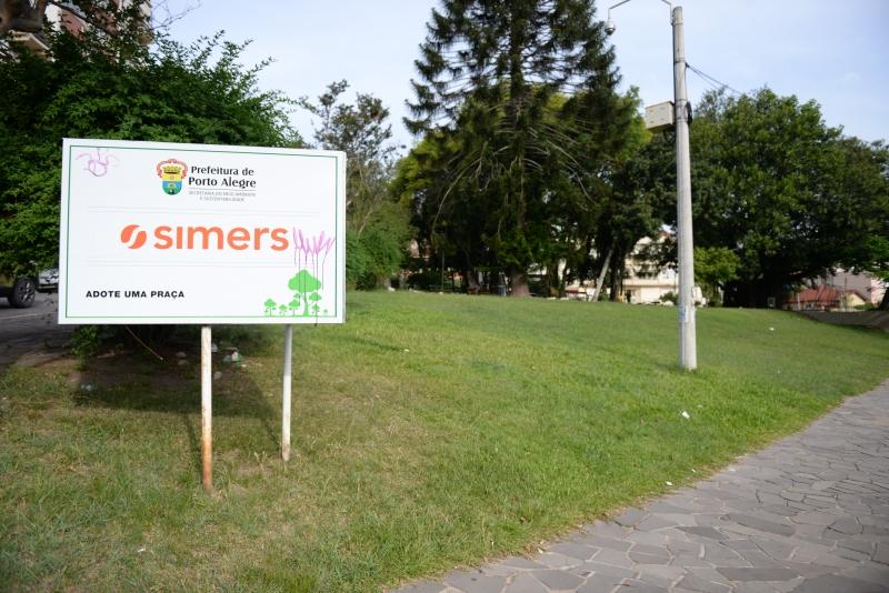 Praça Ruy Teixeira é adotada há 12 anos pelo Simers