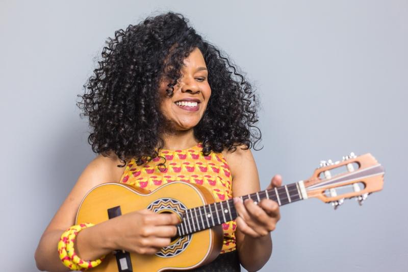 Atriz, musicista e compositora Pâmela Amaro é convidada da Mostra Gema