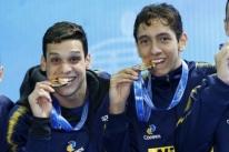 Brasil é campeão no 4x200 metros e bate recorde no Mundial de Piscina Curta