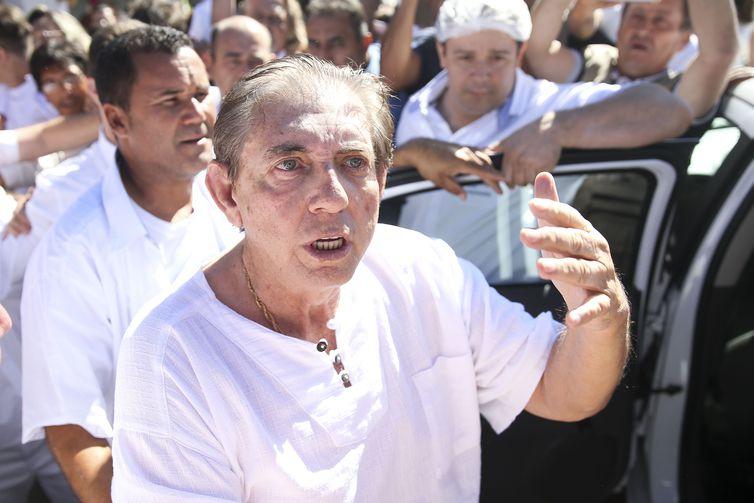 Médium deu entrada no hospital Sírio-Libanês de Brasília na madrugada deste sábado,
