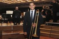 Refugiado venezuelano toca na Orquestra Sinfônica de Porto Alegre