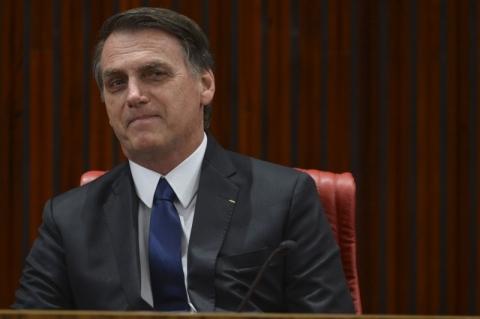 Fux suspende as duas ações penais nas quais Bolsonaro é réu no STF