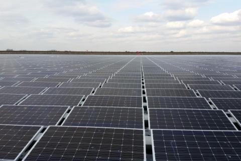 Furnas contrata energia solar distribuída para economizar 40% na conta de luz