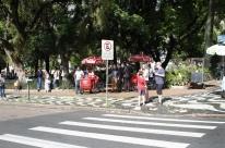 Praça da Matriz fica praticamente vazia durante solenidades de posse