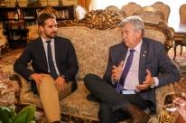Heinze visita Eduardo Leite no Palácio Piratini