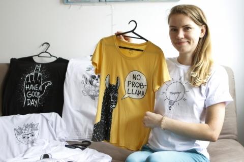 Entrevista com Lana Hova, designer de camisetas.