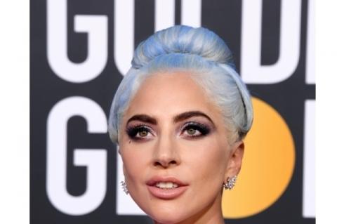 Lady Gaga na noite de entrega do Globo de Ouro